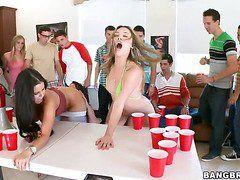порно молодые лесби первый раз